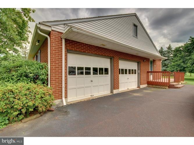 2942 Township Line Road, Norristown, PA - USA (photo 4)