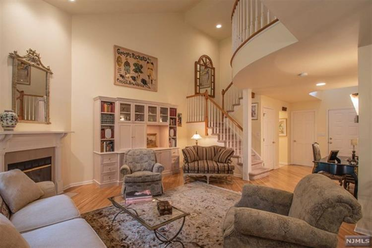 79 Lakeview Drive, Old Tappan, NJ - USA (photo 3)