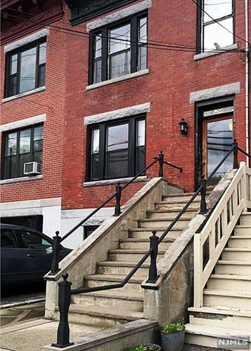 23 Russell Avenue, Unit #2n 2nd Fl, Edgewater, NJ - USA (photo 2)