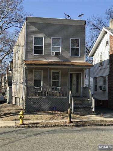 114 Glenwood Avenue, Bloomfield, NJ - USA (photo 1)