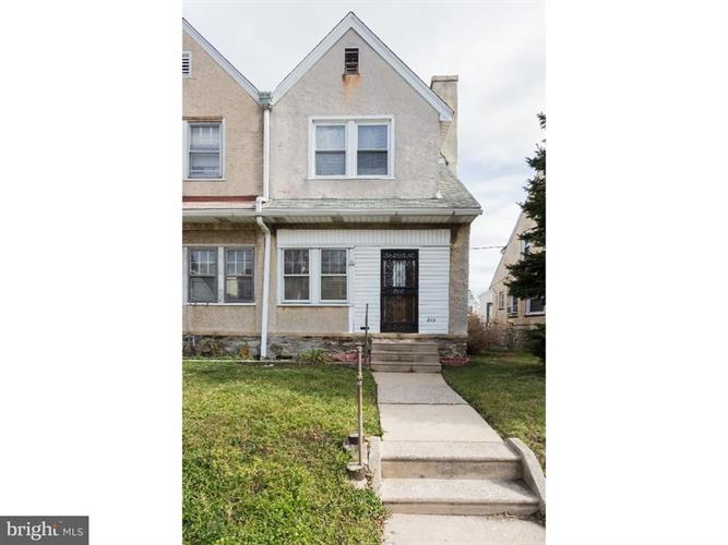 213 N Wycombe Avenue, Upper Darby, PA - USA (photo 1)