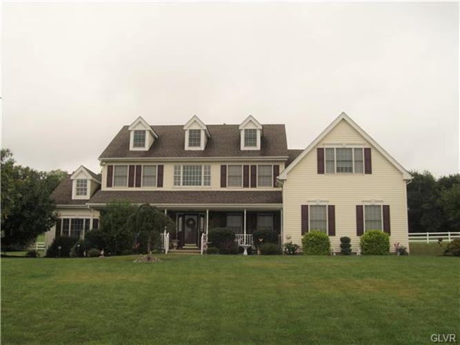 240 Pine Valley Terrace, Williams Twp, PA - USA (photo 2)