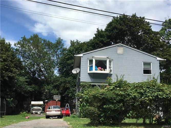 17 Division Avenue, Spring Valley, NY - USA (photo 1)