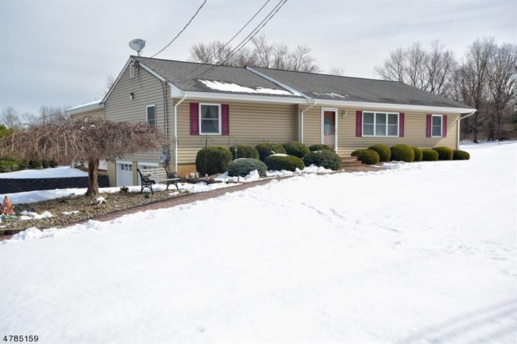 627 Whiton Rd, Branchburg, NJ - USA (photo 1)