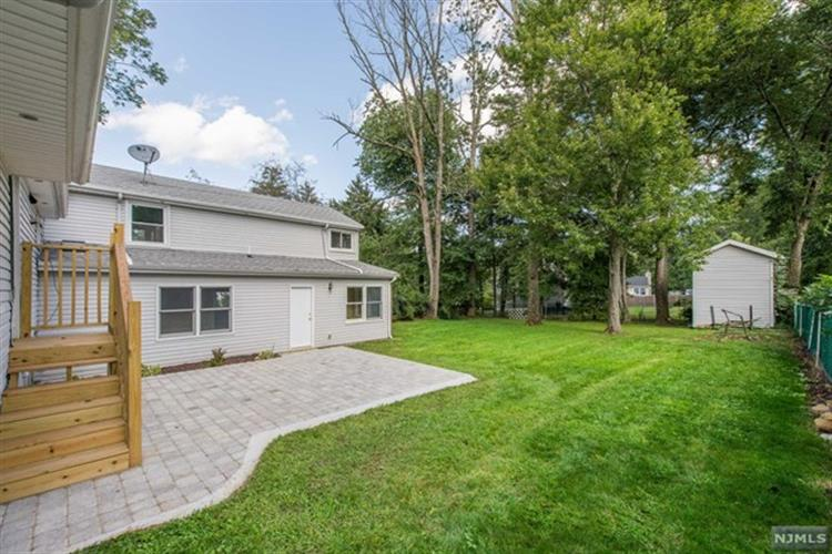 2 Apple Tree Lane, Morris Plains, NJ - USA (photo 3)