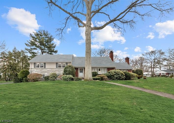32 Lowell Rd, Glen Rock, NJ - USA (photo 2)