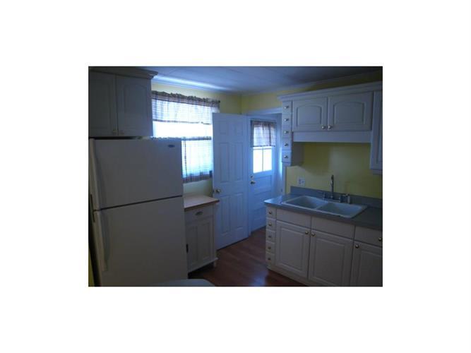 340 Penfield Place, Dunellen, NJ - USA (photo 4)