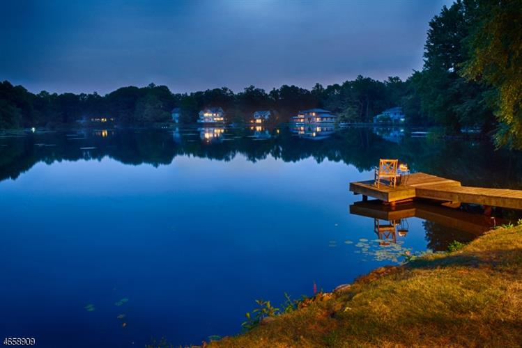 039 N Pocono Rd, Mountain Lakes, NJ - USA (photo 2)