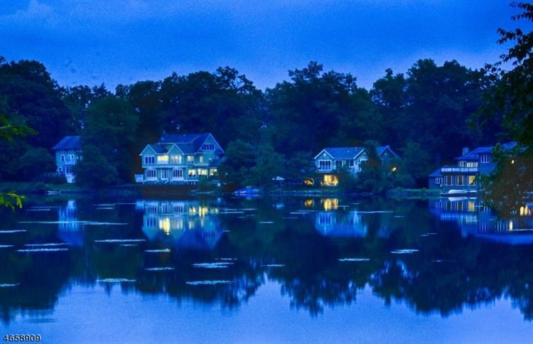 039 N Pocono Rd, Mountain Lakes, NJ - USA (photo 3)