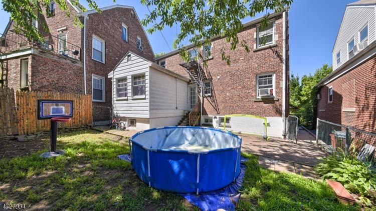 388 Joralemon St, Belleville, NJ - USA (photo 2)