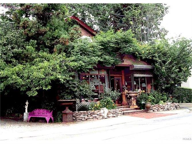 179 Orange Turnpike, Sloatsburg, NY - USA (photo 1)