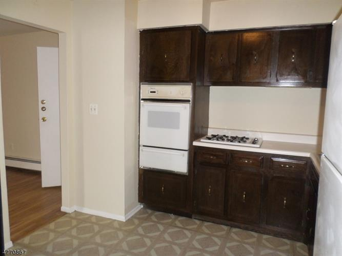 378 Hoover Ave, Unit 150, Bloomfield, NJ - USA (photo 4)