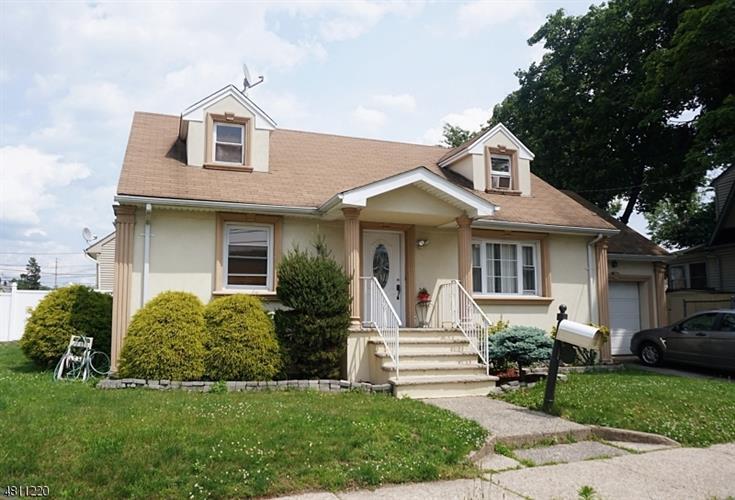 483 E 35th St, Paterson, NJ - USA (photo 1)