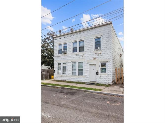 319 Hobart Avenue, Hamilton Twp, NJ - USA (photo 2)
