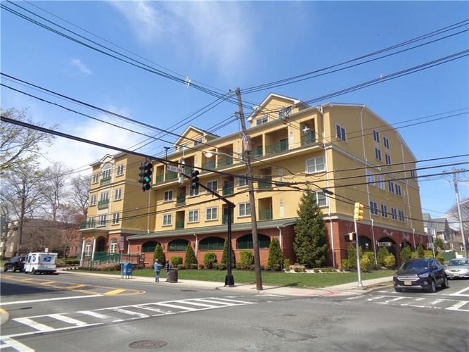 201-211 W Jersey Street 424, Elizabeth, NJ - USA (photo 2)