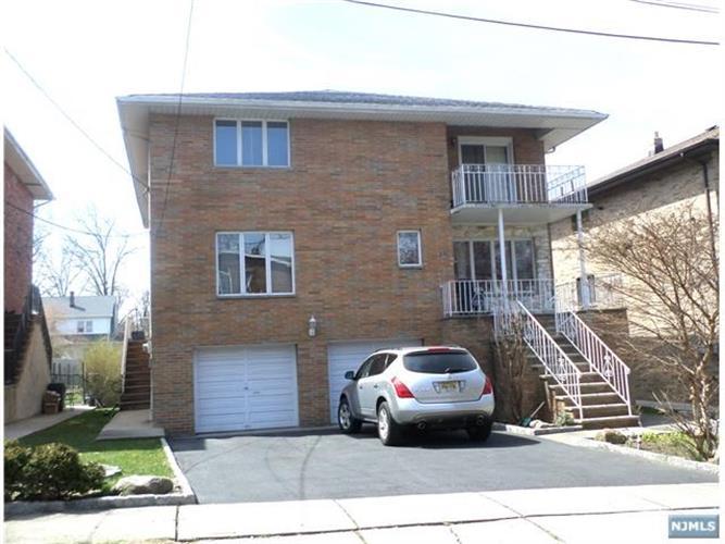 684 Day Avenue, Unit #2n 2nd Floo, Ridgefield, NJ - USA (photo 1)