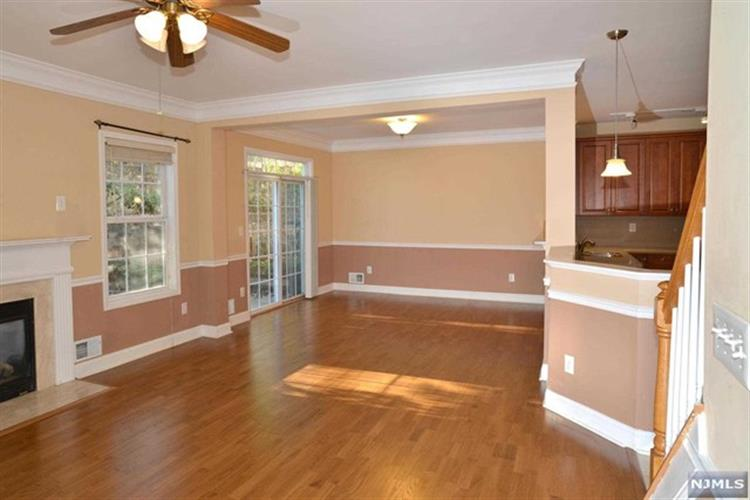 102 George Russell Way, Clifton, NJ - USA (photo 4)