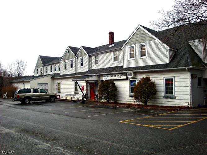 399 Lakeshore Dr 2, West Milford, NJ - USA (photo 5)