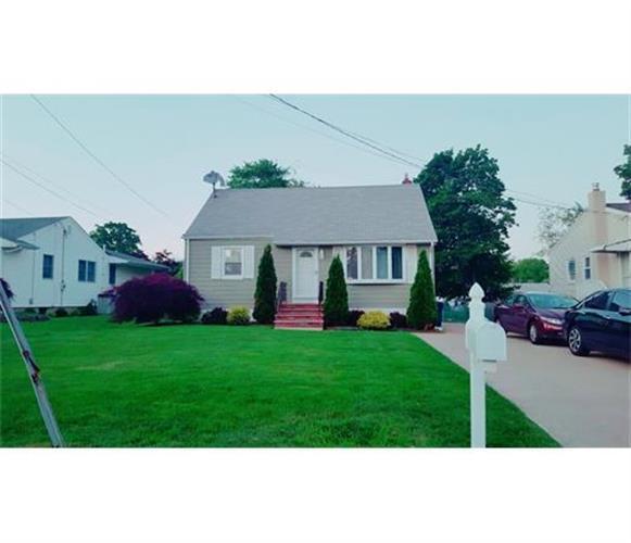 1361 Huron Street, North Brunswick, NJ - USA (photo 1)