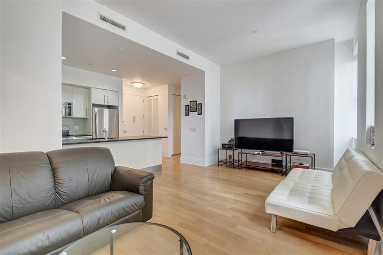 4 Beacon Way 708, Jersey City, NJ - USA (photo 5)