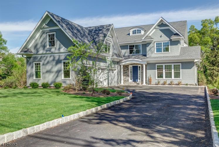 320 White Oak Ridge Rd, Millburn, NJ - USA (photo 2)