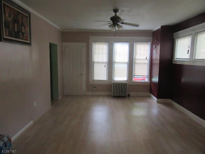 256 Rutledge Ave, East Orange, NJ - USA (photo 5)