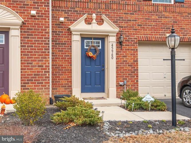 45960 Iron Oak Terrace, Sterling, VA - USA (photo 2)