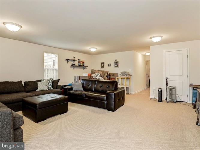 45960 Iron Oak Terrace, Sterling, VA - USA (photo 4)
