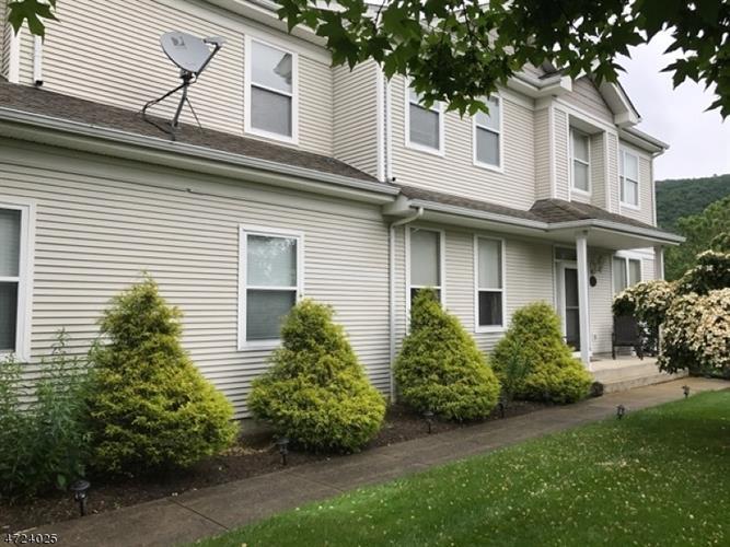 35 Aspen Ct, Hardyston, NJ - USA (photo 1)