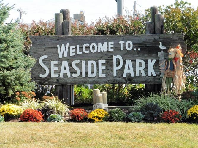 32 J Street, Seaside Park, NJ - USA (photo 2)