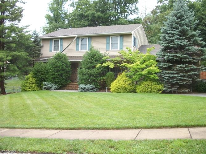 28 Whitewood Dr, Parsippany, NJ - USA (photo 1)