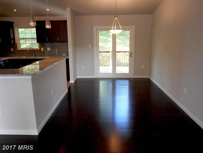 626 Opus Ave, Capitol Heights, MD - USA (photo 4)