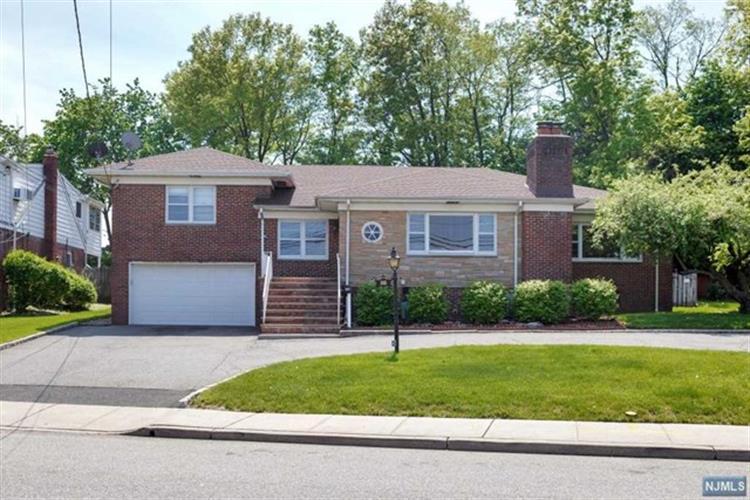 345 Division Avenue, Belleville, NJ - USA (photo 2)