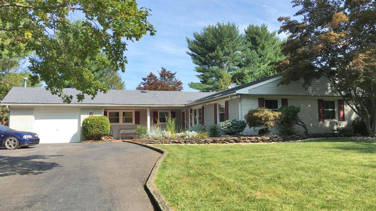 5 Knox Lane, Manalapan, NJ - USA (photo 1)