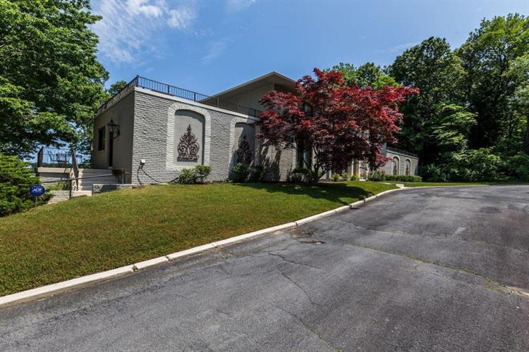 1 Jaywood Manor Drive, Brick, NJ - USA (photo 3)