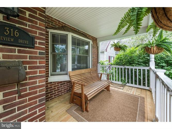 316 Lakeview Drive, Collingswood, NJ - USA (photo 3)