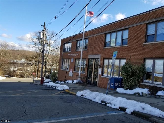 1 Bank St 202, Rockaway, NJ - USA (photo 3)