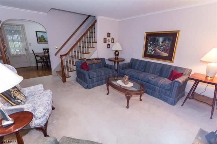 73 Mcdermott Place, Fanwood, NJ - USA (photo 2)