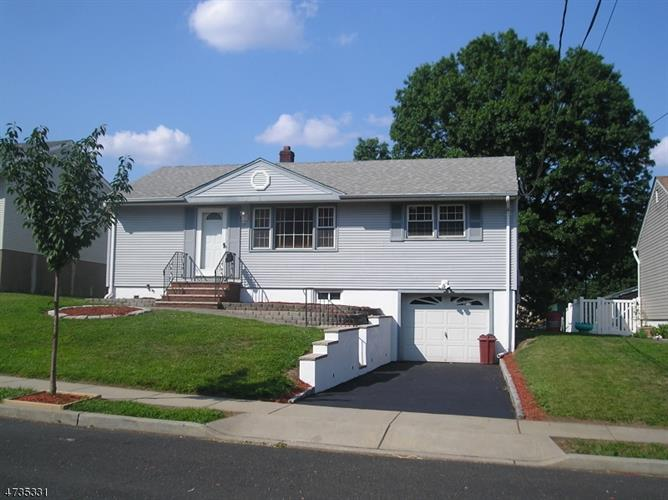 210 Rutherford Blvd, Clifton, NJ - USA (photo 2)