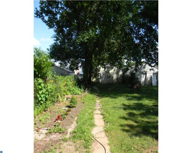 832 Stanbridge St, Norristown, PA - USA (photo 5)