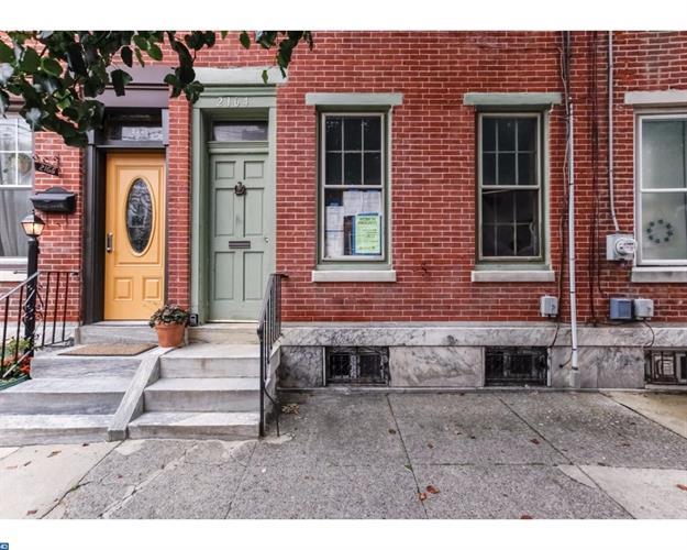 2164 E Cumberland St, Philadelphia, PA - USA (photo 1)
