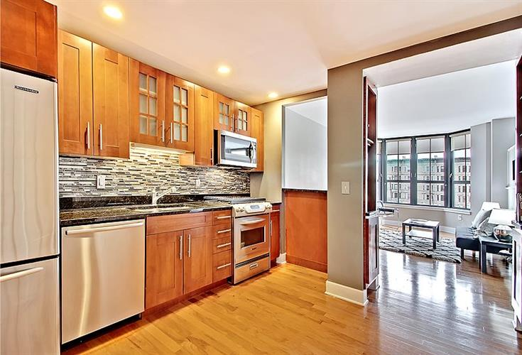 1025 Maxwell Lane, Unit 417 417, Hoboken, NJ - USA (photo 3)