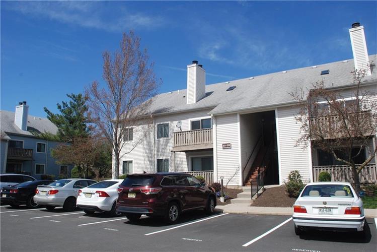 202 Aspen Drive 202, Plainsboro, NJ - USA (photo 1)