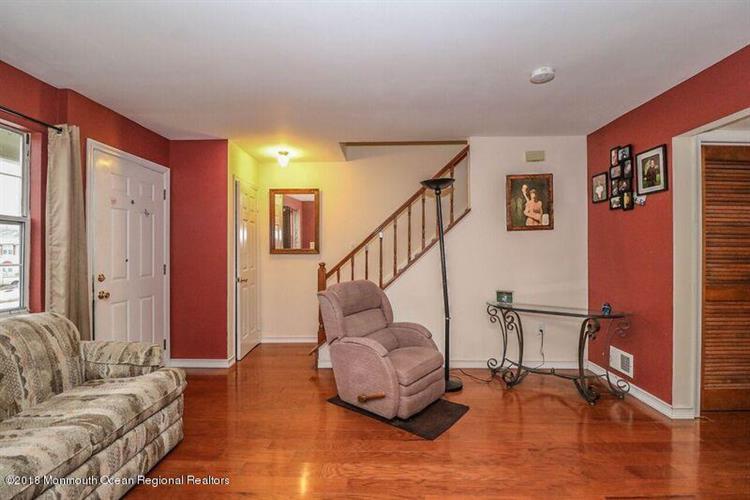 82 Cliffwood Avenue 16b, Cliffwood, NJ - USA (photo 5)
