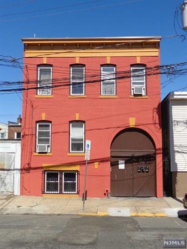 17 Calumet Street, Newark, NJ - USA (photo 2)