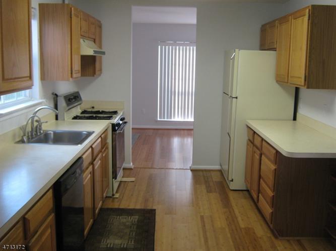 26 Whitehead Rd, Bridgewater, NJ - USA (photo 2)