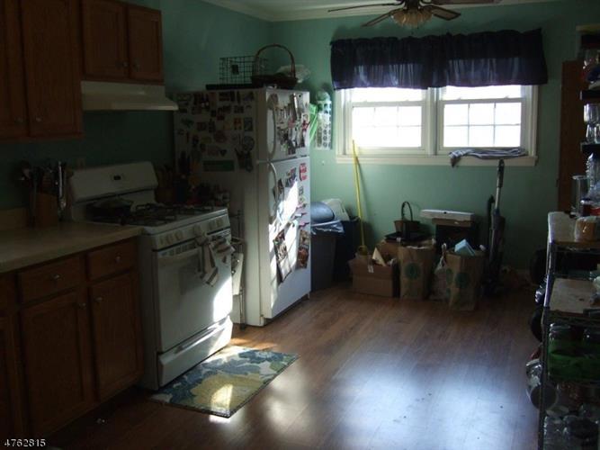 681 Willow Ave, Garwood, NJ - USA (photo 5)