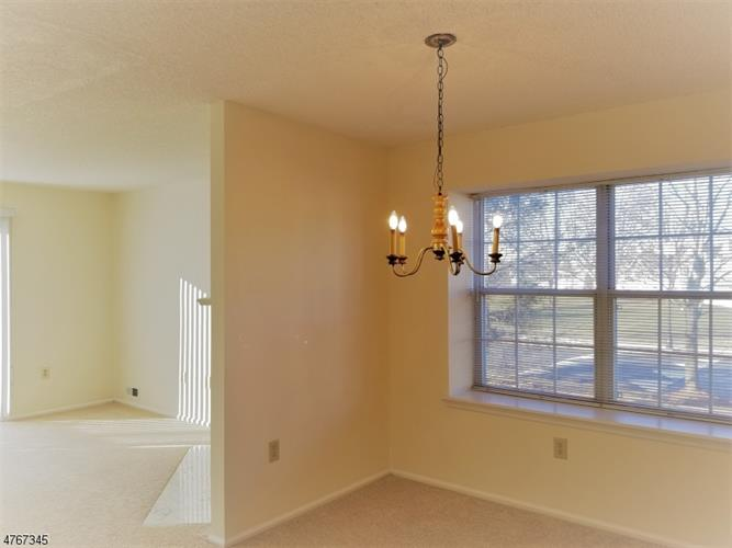 4208 Winder Dr, Bridgewater, NJ - USA (photo 4)