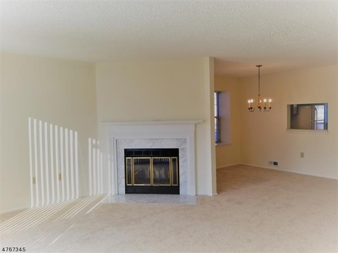 4208 Winder Dr, Bridgewater, NJ - USA (photo 5)