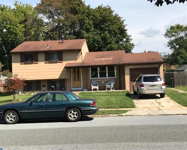 908 Lois Dr, Monroe Township, NJ - USA (photo 1)